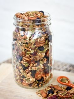 This pumpkin spice trail mix is loaded with a variety of nuts, dried fruit and a pumpkin spice flavor. Snack by the handful or use as a topping for yogurt. rezepte selber machen mix mix bar mix bar wedding mix recipes mix recipes for kids Trail Mix Recipes, Snack Recipes, Cooking Recipes, Healthy Recipes, Breakfast Recipes, Pumpkin Recipes, Fall Recipes, Fall Snacks, Fall Treats