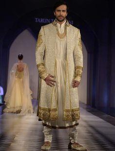 When Darkness Falls: Costume: Cream Embroidered Anarkali Sherwani Wedding Dress Men, Tuxedo Wedding, Wedding Men, Wedding Suits, Sherwani Groom, Wedding Sherwani, Indian Men Fashion, Mens Fashion Suits, Indian Dresses