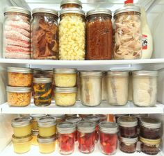 Mason Jar Meals - make ahead of time for the whole week and store them in the fridge