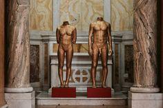 "JAGO   Artist - ""Supeerfetazioni"" - sculpture 2016 - garze gessate, silicone, lexan, legno."