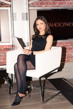 Exactly What It Takes to Be a Female News Anchor in 2017 - Bianna Golodryga - Pantyhose Fashion, Pantyhose Outfits, Nylons And Pantyhose, Black Nylons, Beautiful Legs, Gorgeous Women, Women Legs, Sexy Women, Black Tights Outfit