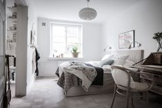 Style and Create — Love the latest styling by Gothenburg-based interior stylist Emma Fischer! ❁ | Photo by Alen Cordic, SE360, for real estate agent Bjurfors, Gothenburg