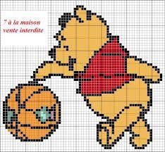 Winnie the Pooh Pixel Crochet Blanket, Crochet Blanket Tutorial, Baby Blanket Crochet, Knitting Charts, Knitting Patterns, Stitch Disney, Pixel Art Templates, Disney Cross Stitch Patterns, Cross Stitch Cards