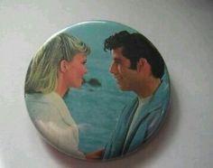 Button. Olivia Newton John & John Travolta (film Greace)