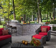 An outdoor bar makes entertaining so easy! Check out these awesome built-ins and creative DIY ideas that are perfect for any backyard party. ideas about Patio bar, Outdoor bars near me and Farmhouse outdoor bar furniture. Outdoor Balcony, Outdoor Rooms, Outdoor Dining, Outdoor Furniture, Outdoor Decor, Outdoor Kitchens, Furniture Ideas, Outdoor Bars, Garden Furniture