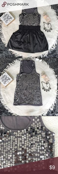 ❄️Sequin Top❄️ Sequin top in excellent condition 💕💕 would look gorgeous on a night out.! 💕💕             💥Get the look for $15.!💥 For the set use the offer button Almost Famous Tops