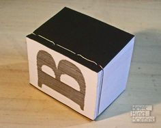 » Experiments with letters - handmade artist book by Marenne Hoeksema