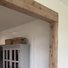 "531 Likes, 53 Comments - Laura (@the.simple.farmhouse) on Instagram: ""Hi, everybody! So I wrote up a little tutorial on how I did the faux beam in my kitchen. You can…"""