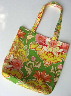 Free Bag Pattern and  Tutorial - Simple Reversible Tote Bag