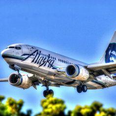 Alaska Airlines 737 landing at John Wayne Airport.