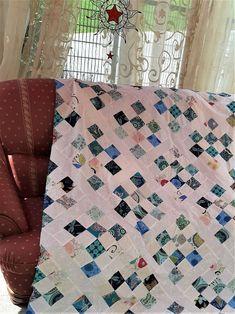 Hochwertige Unikat Patchworkdecke / Quilt aus Designer Qualitätsstoffen, farblich liebevoll abgestimmt, fein abgesteppt Designer, Quilts, Blanket, Bed, Etsy, Ideas, Stream Bed, Quilt Sets, Blankets
