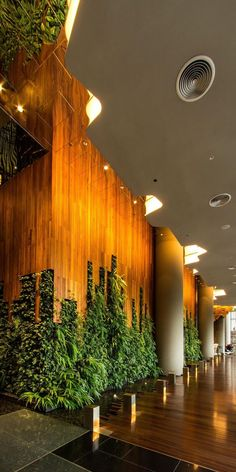 // Parkroyal on Pickering, Singapore by Tierra Design - Hotel Room Ideas Green Architecture, Sustainable Architecture, Sustainable Design, Landscape Architecture, Architecture Design, Hospital Architecture, Hotel Lobby Design, Modern Hotel Lobby, Nachhaltiges Design