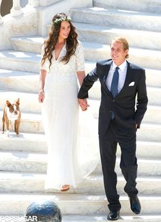Love the dog cameo in Andrea Casiraghi and Tatiana Santo Domingo's wedding picture!