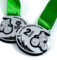 Oryginalne medale na zamówienie zrealizowane dla naszych klientów. Medale sportowe, dla dzieci, okolicznościowe, firmowe. Medale o różnych kształtach.