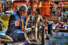 Buldan, Denizli - Buldan is one of the importants towns and textile centers in the province of Denizli and noted for all over Turkey with its nice clothes made from cotton, wool and silk in traditional methods in wokshops.The traditional weaving methods began in early ages about in 800 BC here, developed in Roman times as the center of textile.