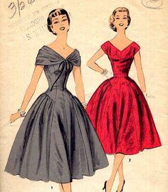Vintage Advance Drop Waist Party Dress by PrettyPatternShop, Vintage Wear, Vintage Dresses, Vintage Outfits, 1950s Fashion, Vintage Fashion, Princess Line Dress, Long Cocktail Dress, Cocktail Dresses, Patron Vintage