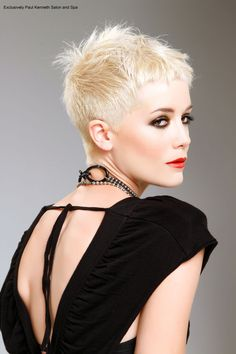 Love this short cut!!!!!! Want!!!!!