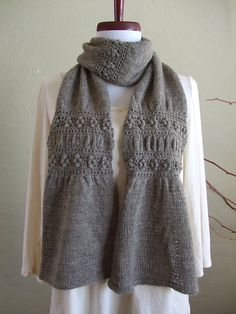 Garden Gate pattern by Yumiko Alexander. Simple Combination of Knitting and Crochet (You need to know the following skills: Knit, Purl, K2tog, M1 for knitting; ch, dc, dc for popcorn st for crochet ). This is a simple knitting and crochet combination scarf and hat.