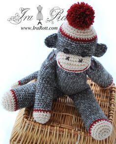 crochet ~ sock monkey @ IraRott.com