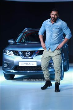 mens_fashion - John Abraham at Auto Expo 2016 in Noida Bollywood Fashion Style Handsome Bollywood Photos, Bollywood Actors, Bollywood Fashion, Indian Men Fashion, Mens Fashion Wear, John Abraham Body, Jon Abrahams, Men Dress Up, Casual Wear For Men
