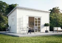 Friggebod som kan vara gästhus eller poolhus.