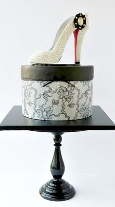 Hatbox and Shoe Cake