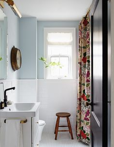 Looking for small bathroom ideas? Take a look at our pick of the best small bathroom design ideas to inspire you before you start redecorating. Blue Bathroom Decor, Bathroom Design Small, Bathroom Renos, Modern Bathroom, Bathroom Accessories, Master Bathroom, Bathroom Ideas, White Bathroom, Small Bathrooms