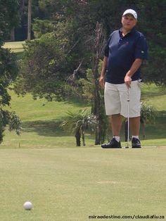 COLUNA CLAUDIA FIUZA Curitiba, Paraná, Brazil 77º taça Oldbena no Graciosa Country Club, Curitiba Por Claudia Fiuza - 17/03/2014 às 4:32 77º taça Oldbena no Graciosa Country Club, Curitiba 77º taça Oldbena celebrou aniversário de Osvaldir Benato no campo de Golfe do Graciosa Country Club Osvaldir Benato, comemorou seus 77 anos com a tradicional Taça OldBena, onde reuniu amigos no Campo de Golfe do Graciosa Country Club no dia 22 de janeiro.