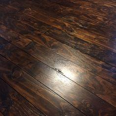 wow....super cheep.....How to Fake Hardwood Floors Using Plywood