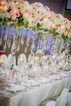 Silver Centerpiece, Crystal Centerpieces, Wedding Centerpieces, Centerpiece Ideas, Pink And White Weddings, Pink And Gold Wedding, White Wedding Flowers, Head Table Wedding, Wedding Place Settings