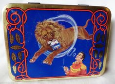 Superb Samson Lion Teamer Tobacco tin 1950s Great shape and color art work!