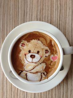 Mattsun on Tokyo Otaku Mode β latte bear art by Japanese latte artist Mattsun #AnimalArt #Art #Bear