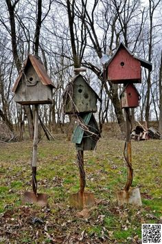 Attach birdhouses to shovels.