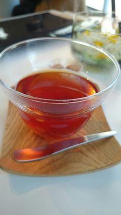 Apple tea at Sghr cafe.