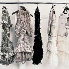 clothes and styles Runway Fashion, High Fashion, Fashion Outfits, Womens Fashion, Couture Outfits, Fashion Story, Ellie Saab, Jacquemus, Do It Yourself Fashion