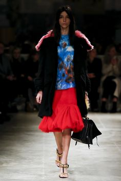 #Prada  #fashion  #Koshchenets    Prada Fall 2017 Ready-to-Wear Collection Photos - Vogue