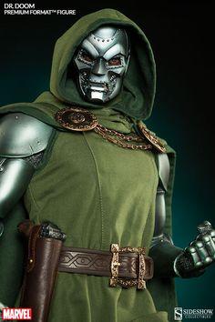 Formato Marvel Dr. Doom Alta Calidad (TM) figura por Sideshow Colle | Sideshow Collectibles