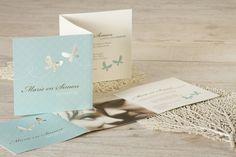 Fotokaart met vrolijk blauw en vlinders