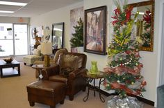 Christmas in the showroom! www.askamystaging.com