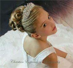 Peinados-para-niñas-para-primera-comunion-22.jpg 300×280 pixeles