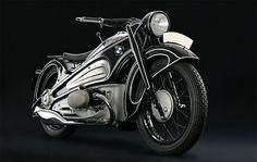 Restauration de la moto BMW R7 art déco de 1934