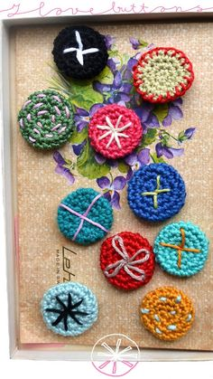 ...and another little crochet buttons tutorial!