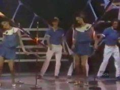 *ME ENAMORO* - FRESAS CON CREMA - 1983 (REMASTERIZADO) - YouTube