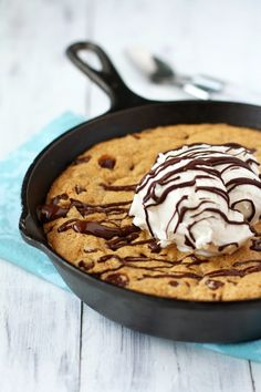 Vegan and Gluten Free Chocolate Chip Skillet Cookie / Recipe