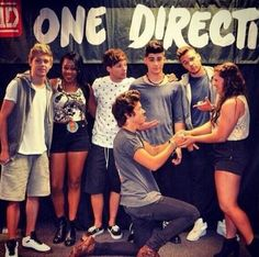 The 89 best one direction meet greet pics images on pinterest no baby u r not allowed to do such thing with another girl except me m4hsunfo