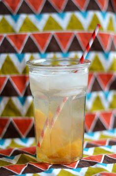 Simple Peach Fizz drink recipe on the blog!