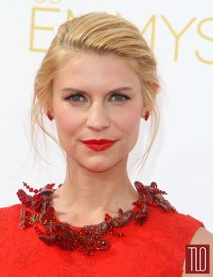 Claire-Danes-2014-Emmy-Awards-Givenchy-Red-Carpet-Tom-Lorenzo-Site-TLO (4)