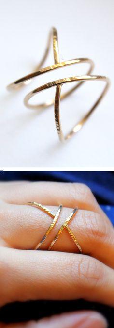 Hammered siren ring | jewelry design