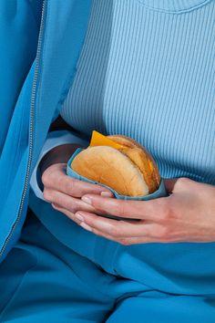 FOTOGRAFIA: Wardrobe Snacks di McClellan e Maguire - Osso Magazine