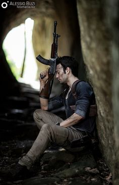 This 'Uncharted' Nathan Drake Cosplay Left Me Breathless